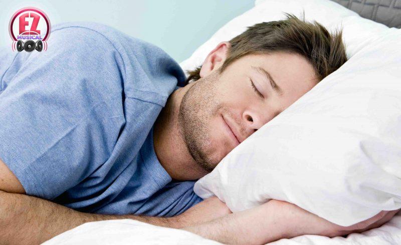 با تکنیک تنفس ۴-۷-۸ در عرض ۶۰ ثانیه به خواب بروید