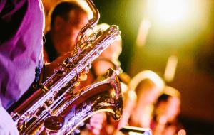 Jazz Club 300x190 ۲۰ تمرین کاربردی در نوازندگی (به قلم اساتید)
