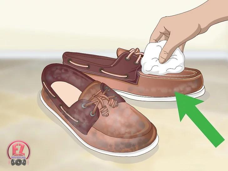 تمیز کردن کفش ساخت کفش ضد آب با موم