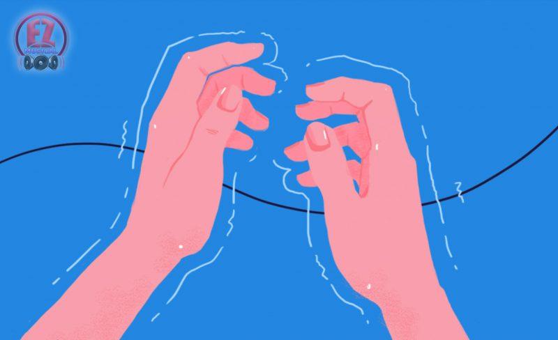 10 دلیل شایع لرزش دستها