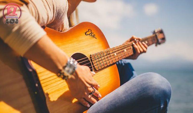 معرفی چند کتاب آموزش گیتار مفید و کاربردی
